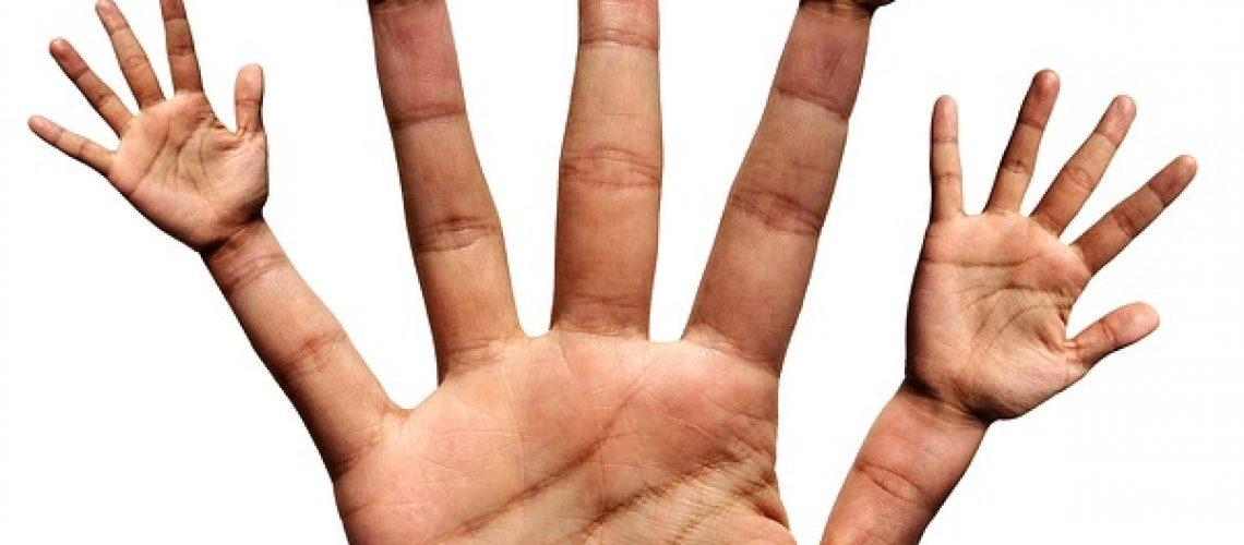hand-2571553